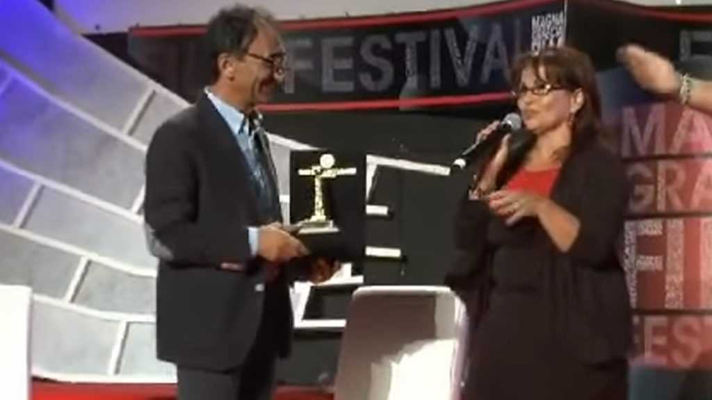 Maria Rosaria Gianni riceve premio Magna Grecia