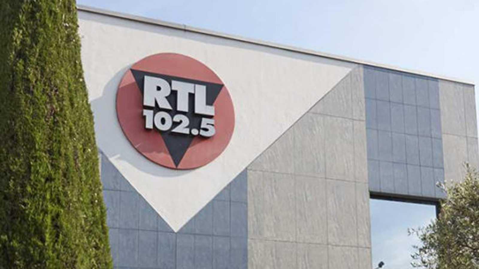 Si diventa grandi dalla discoteca Il capriccio a RTL