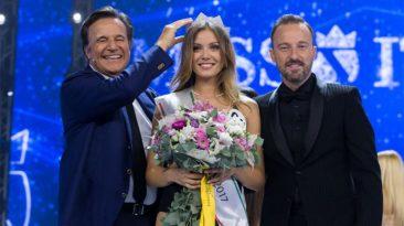 Incoronazione di Miss Italia 2017, Alice Rachele Arlanch, con De Sica e Facchinetti