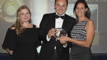 "Ferrari conquista il titolo di ""Sparkling Wine Producer of the Year"