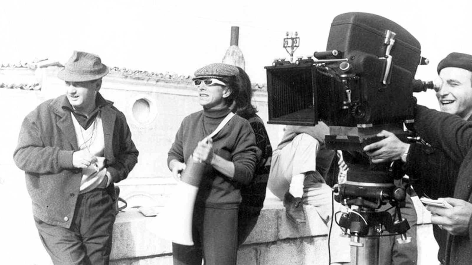 Lina Wertmüller, a lavoro sul set