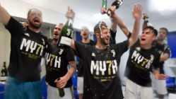 LLa Juventus festeggia con Ferrari Trentodocil settimo scudetto consecutivo