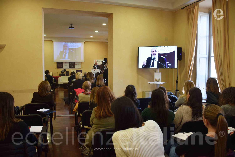Davide Borra durante il suo intervento ad #etour Torino