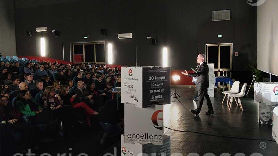 Piero Muscari sul palco di ETour Piraino