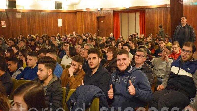 Studenti Etour Barcellona Pozzo Di Gotto