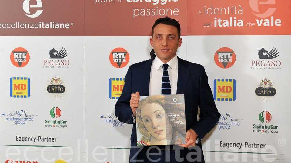 Antonio Minopoli con il volume Eccellenze Italiane edizione 2018