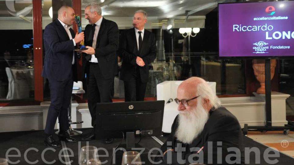 Davide Borra Consegna Premio Eccellenze Italiane A Stefano Biasini
