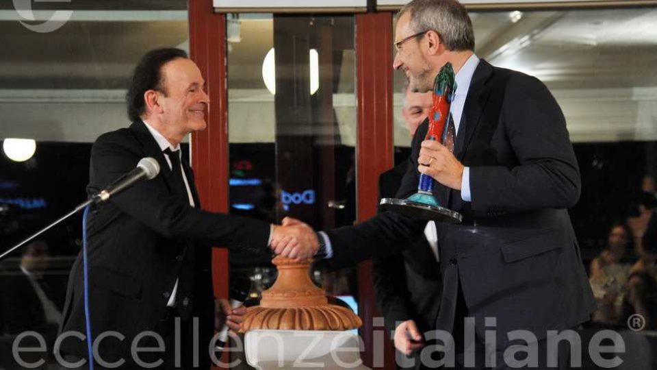 Dodi Battaglia Riceve Premio Eccellenze Italiane Ernesto Dimajo