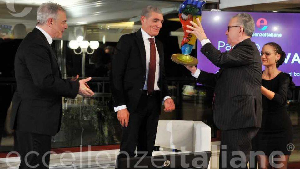 Patrizio Oliva Premiato Da Patrizio Podini